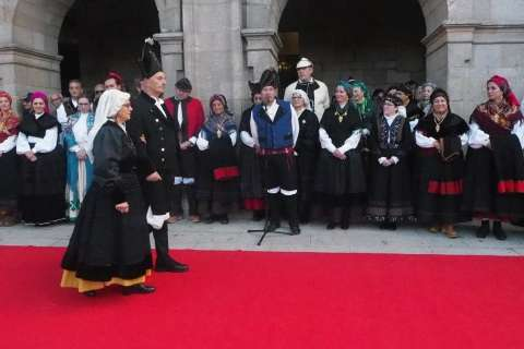 O Domingo das Mozas berra contra a violencia machista e enxalza a cultura de Lugo