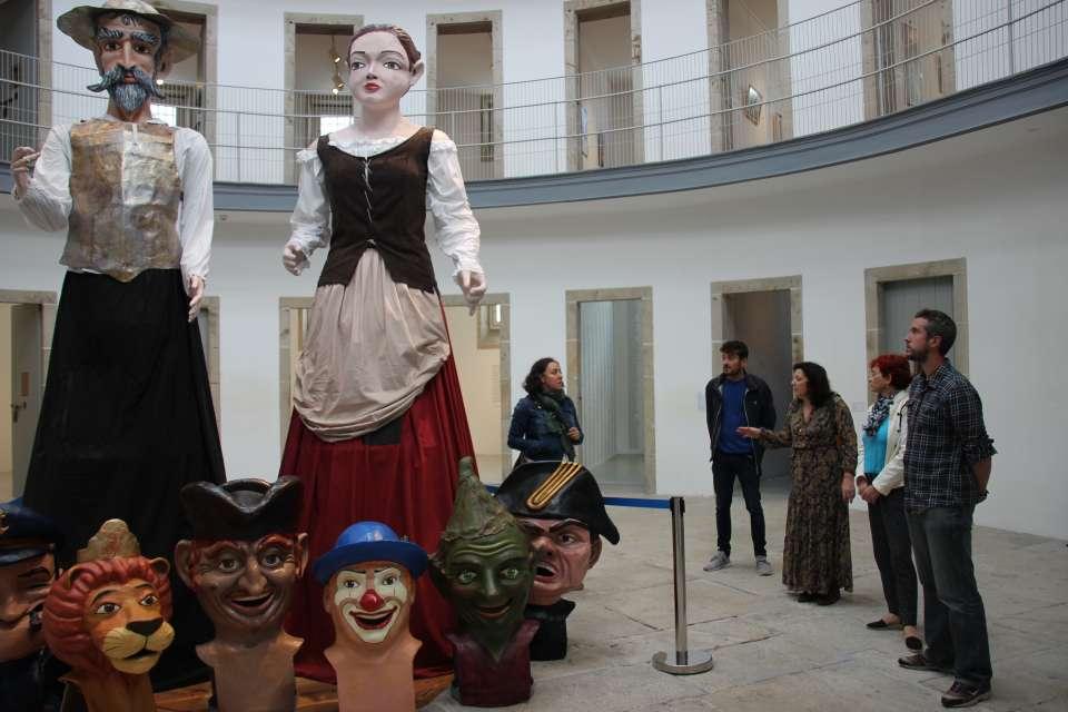 La Concejalía de Cultura recupera los gigantes que acompañarán a los cabezudos en el San Froilán